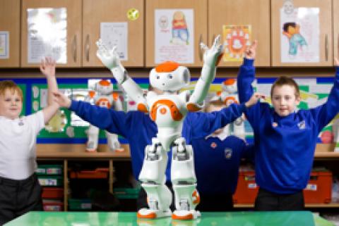 Nao, un petit robot au service des enfants autistes